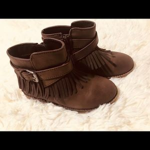 Other - Girls Moccasin boots